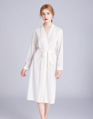 Casual Velvet Nightgown Makeup Robe Embroidery Bride Cardigan Morning Gown Nightgown